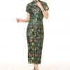 ชุดกี่เพ้ายาว คอจีน สีเขียวลายดอกไม้ (S,M,L,XL,2XL,3XL) J0027