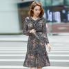 เดรสแฟชั่นผ้าชีฟองพิมพ์ลายสไตล์เกาหลี คอวีแต่งระบาย แขนยาว (XL,2XL,3XL,4XL,5XL)