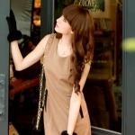 ♥♥พร้อมส่งค่ะ♥♥ ชุดเดรสน่ารักๆ เนื้อผ้า woolen เนื้อดีหนามีน้ำหนัก คอกลมแขนกุด มีซิบทางด้านหลังสวมใส่สบาย แต่งขอบกระเป๋าข้างลำตัวสีดำ สวยน่ารัก ดูหรูหราไฮโซมากๆ ค่ะ