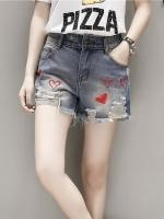 กางเกงยีนส์ขาสั้นไซส์ใหญ่ กางเกงยีนส์ขาด สวยเซอร์ ปักลายหัวใจสีแดง (XL,2XL,3XL,4XL,5XL) YL1552