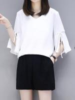 ชุดเซ็ทสีขาวไซส์ใหญ่ เสื้อชีฟองสีขาว คอวี แขนสามส่วนปลายแขนกระดิ่ง+กางเกงขาสั้นสีดำ เอวยางยืด (XL,2XL,3XL,4XL) KJ-8229