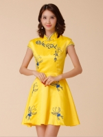 ชุดกี่เพ้าสีเหลืองไซส์ใหญ่ (M,L,XL,2XL,3XL)