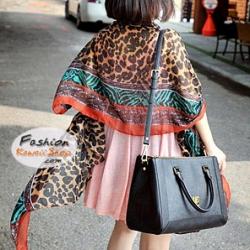 ผ้าพันคอแฟชั่นลายเสือ Leopard : สีน้ำตาลเข้ม CK0311