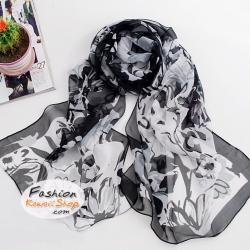 ผ้าพันคอแฟชั่นลายดอกไม้ Blossom : สีขาว CK0011