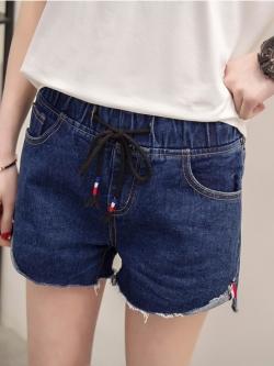 กางเกงยีนส์ขาสั้น แต่งปลายขา เอวยางยืด สีน้ำเงิน/สีดำ (XL,2XL,3XL,4XL) X0453#