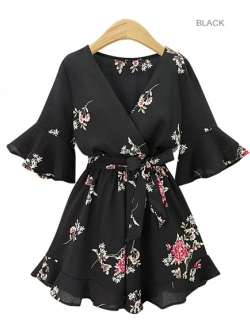 ♥พร้อมส่ง♥ จั๊มพ์สูทชีฟองสำหรับสาวอวบสีดำลายดอกสวย ๆ (2XL) Zi~8925