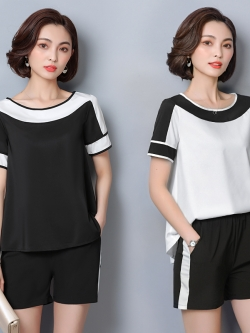 ชุดเซ็ท 2 ชิ้น เสื้อแขนสั้นทรงหลวม+กางเกงขาสั้น สีขาว/สีดำ (L,XL,2XL,3XL,4XL,5XL) #8210