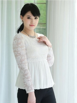 เสื้อลูกไม้ สีขาว ใต้อกลงไปเป็นผ้าชีฟองจีบ แบบหรูสง่างาม (L,XL,2XL,3XL,4XL,5XL) B-11171
