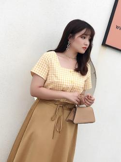 เสื้อแฟชั่นลายสก๊อตสีเหลือง แขนสั้น (XL,2XL,3XL,4XL) C8678