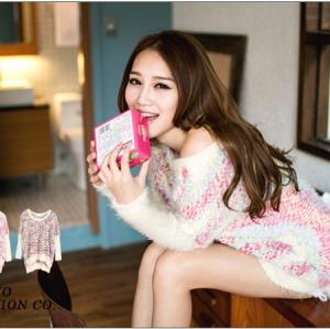 ♡♡Pre Order♡♡ เสื้อสเวตเตอร์กันหนาว เนื้อผ้า Mohair แขนยาว คอกลม ตัวเสื้อสีเบจ ครีมสวยหวานๆๆ น่ารักมากๆ ค่ะ