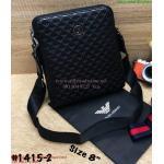 """กระเป๋าสะพาย Amani ขนาด 8""""x9"""" (สีดำ)"""