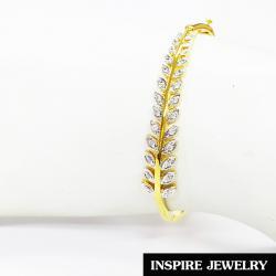 Inspire Jewelry ,กำไลรูปใบมะกอกฝังเพชร แบบร้านเพชร งานจิวเวลลี่ หุ้มทองแท้ 100% 24K สวยหรู