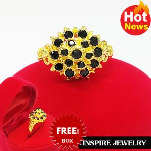 Inspire Jewelry ,แหวนพลอยนิลดำ ยกยอด งานจิวเวลลี่ แบบงานอนุรักษ์ไทย ตัวเรือน หุ้มทองแท้ 24K พร้อมกล่องกำมะหยี่ ลายตามที่โชว์ ลายโบราณ สวยงามมาก ปราณีต ใส่กับเสื้อผ้าไทย ชุดไทย ผ้าสไบ หรือใส่ประดับ ผ้าซิ่น ผ้าถุง ผ้าไหม