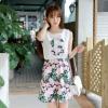 """""""พร้อมส่ง""""เสื้อผ้าแฟชั่นสไตล์เกาหลีราคาถูก set 2 ชิ้น เสื้อสีขาวแขนกุด ด้านหน้าตัวGแต่งลายดอกไม้ + กระโปรงลายดอก ซิปหลัง ไม่มีซับใน -สีเขียว"""