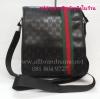 """กระเป๋าสะพาย Gucci หนังแก้วดำ แถบข้าง ขนาด 11""""x9""""x2"""""""