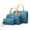 พรีออเดอร์ กระเป๋า ซื้อ 1 ได้ 3 จะพลาดได้อย่างไร กับ กระเป๋าสวยๆ คุ้มสะใจ หนังสวย แบบโดนใจ งามปริ๊งทั้ง ด้านนอกและด้านใน