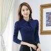 เสื้อเชิ้ตผู้หญิงแขนยาว สีน้ำเงิน คอผูกโบว์ เป็นชุดทำงานชุดยูนิฟอร์มเรียบหรู