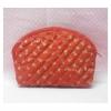 กระเป๋าเครื่องสำอางค์มินิหรือใส่เศษแบ้ง ทรงครึ่งวงกรมควิ้ลท์ทั้งใบสีแดง