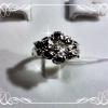 แหวนรูปดอกไม้