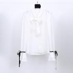 เสื้อเชิ้ตชีฟองผสมลินินเนื้อดี สีขาว แขนกระดิ่งแต่งโบว์ดำเก๋ ๆ ช่วงคอเสื้อมีโบว์ผูกสวย ๆ (XL,2XL)