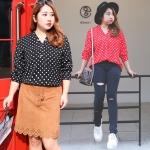 เสื้อเชิ้ตชีฟองลายจุดเนื้อดี คอวี แขนยาว มีกระเป๋าคู่ สีดำ/สีแดง (XL,2XL,3XL,4XL)