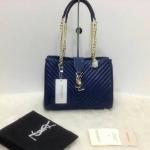กระเป๋า YSL มาใหม่งานสวย แบบอั้ม-พัชราภาใช้ ขนาด 10 นิ้ว ราคา 900 บาท สีน้ำเงิน
