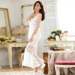 ชุดราตรียาวสีขาวไซส์ใหญ่ ผ้าลูกไม้เซ็กซี่ คอวี แขนกุด (F,XL,2XL,3XL)