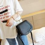 กระเป๋าสะพายข้างแฟชั่นเกาหลี