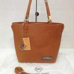 กระเป๋า MK มาใหม่ ทรง Shopping มาใหม่ ขนาด 12 นิ้ว พร้อมสายสะพายยาว สีน้ำตาล