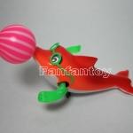 ปลาโลมาว่ายน้ำไขลาน สีส้ม ของเล่นเด็ก