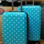กระเป๋าล้อลากลายด็อจน่ารักไฮโซ วัสดุโพลี่คาบอนเนตเนื้อเงา น้ำหนักเบา 4 ล้อหมุน 360 ํ (ส่งฟรี / ems. ใบละ 150 บ.)