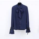 เสื้อเชิ้ตชีฟองผสมลินินเนื้อดี สีน้ำเงินเข้ม แขนกระดิ่งแต่งโบว์ดำเก๋ ๆ ช่วงคอเสื้อมีโบว์ผูกสวย ๆ (XL,2XL,3XL)