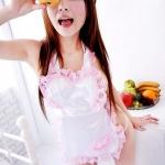 ชุดผ้าคลุมเมดสีขาวขอบลูกไม้สีชมพู