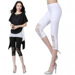 กางเกงผ้ายืด ขาสามส่วน แต่งปลายขาด้วยผ้าลูกไม้ตรงเข่า สีขาว/สีดำ (M,XL,2XL,3XL)