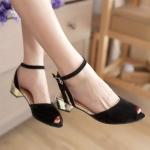 ♥พร้อมส่ง♥ รองเท้าแฟชั่นไซส์ใหญ่ สีดำ เบอร์ 43