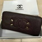 กระเป๋าสตางค์ Chanel มาใหม่แต่งโลโก้สวย ขนาด 4.5x7 นิ้ว ราคา 400 บาท สีน้ำตาลเข้ม