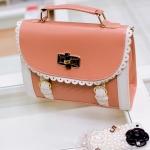กระเป๋าแฟชั่น Vivian กระเป๋าน่ารักแต่งขอบสีขาว สวยหวาน มีสายสะพายให้ -สีชมพู