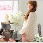 ♡♡pre-order♡♡ เสื้อเชิ๊ตเกาหลีแขนยาวสีครีม คอปก แต่งผ้าลูกไม้ซีทรูด้านหลังทั้งชุดและด้านหน้าตรงช่วงเหนือหน้าอกตัดต่อผ้าชีฟองเนื้อดี สวยหรู สวมใส่สบาย น่ารักดูไฮโซมากๆ ค่ะ
