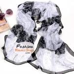 ผ้าพันคอแฟชั่นลายดอกไม้ Blossom : สีขาวดำ CK0003