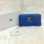 กระเป๋าสตางค์ MK มาใหม่ ซิปเดียว งานสวย ขนาด 4.5x7 นิ้ว ราคา 400 บาท สีน้ำเงิน