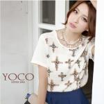 ♡♡pre-order♡♡ เสื้อเกาหลี คอกลมสีขาว เนื้อผ้าชีฟอง แขนสั้น พิมพ์ลายไม้กางเขนหรูหรา ด้านหลังเป็นซิบรูดสวมใส่สบาย สวยหรูมากๆ