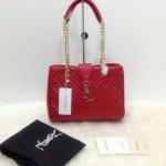 กระเป๋า YSL มาใหม่งานสวย แบบอั้ม-พัชราภาใช้ ขนาด 10 นิ้ว ราคา 900 บาท สีแดง