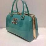 กระเป๋า  Chanel  งานสวยหนังเนี๊ยบ  เนื้อซิลิโคนสวยๆ ขนาด ฐาน 12 สูง 10.5 นิ้ว
