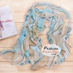 ผ้าพันคอแฟชั่นสวยหรู Luxury : สีฟ้าขาว CK0037