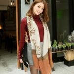 """""""พร้อมส่ง""""เสื้อผ้าแฟชั่นสไตล์เกาหลีราคาถูก Brand MAYUKI ผ้าพันคอลายเสือดาว สีขาว-น้ำตาล"""