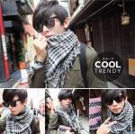 ผ้าพันคอผู้ชาย Man scarf ผ้าพันคอชีมัค Shemagh : สีขาวดำ size 100 x 100 cm