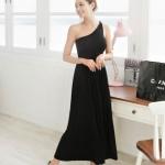 """""""พร้อมส่ง""""เสื้อผ้าแฟชั่นสไตล์เกาหลีราคาถูก Maxi dress เดรสยาวไหล่เฉียง จั๊มเอว ไม่มีซับใน ใส่ออกงานชิวๆ -สีดำ"""
