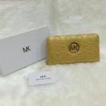 กระเป๋าสตางค์ MK มาใหม่ ซิปเดียว งานสวย ขนาด 4.5x7 นิ้ว ราคา 400 บาท สีทอง