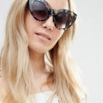 Jeepers Peepers Oversized Cat Eye sunglasses in Floral Print