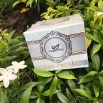 Day Cream ครีมบำรุงผิวหน้ากลางวัน จากAngel White